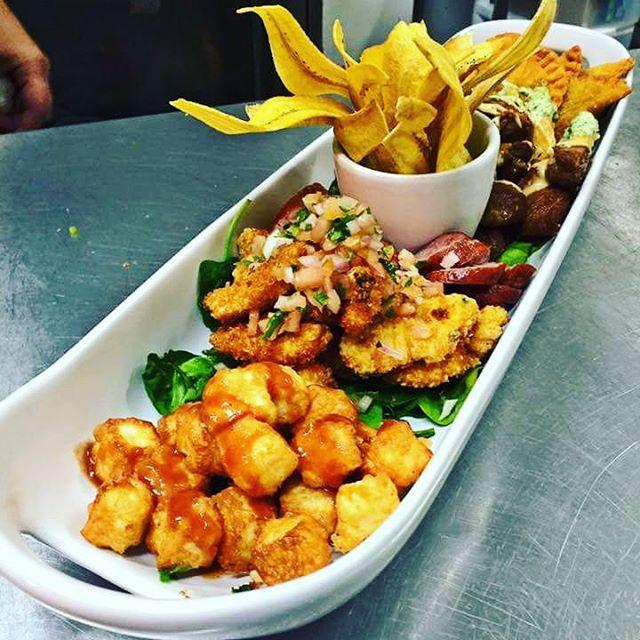 Hoy Sbado Ven a disfrutar de nuestra variedad de platoshellip