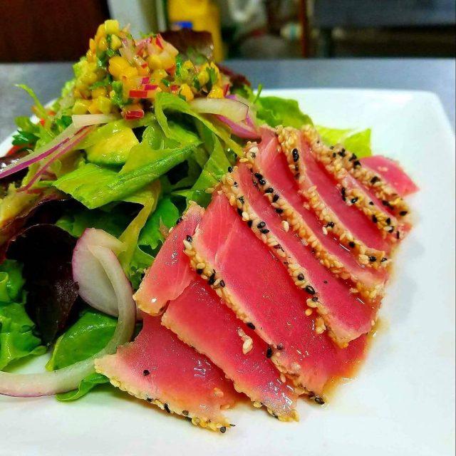 HOY mircoles!! Ven a disfrutar de nuestros platos principales yhellip